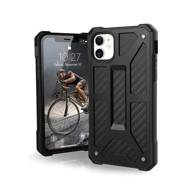 Protective Monarch Carbon Fiber Cover UAG iPhone 11 Black
