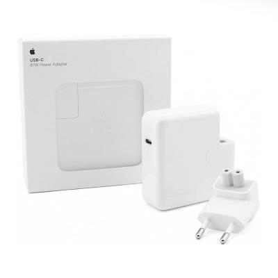 Adaptador de Corrente Apple 61W USB Tipo-C (MNF72Z/A)
